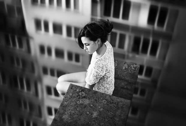 Как освободить эмоции, застрявшие в вашем теле, и отпустить боль.