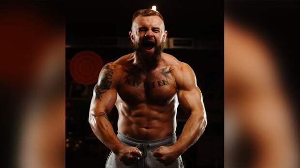 Евгений Курданов подписался в американскую лигу боев на голых кулаках. До этого он стал звездой на ютубе