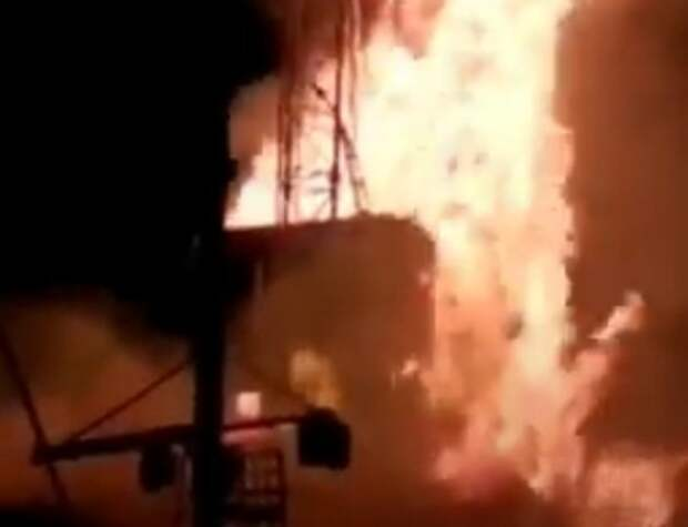 В Оренбургской области произошел пожар на нефтяной скважине