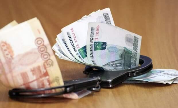 Директор севастопольского предприятия присвоил 1,2 млн рублей