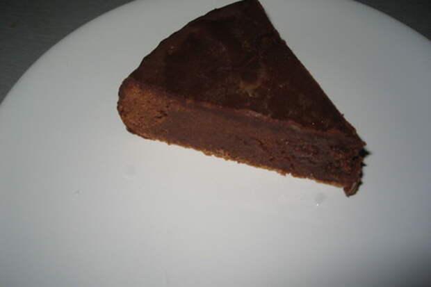 Самый вкусный шоколадный торт в моей жизни.