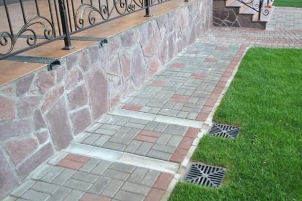 Водоотвод - необходимое условие монтажа тротуарной плитки на бетон