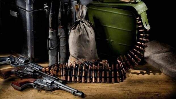Белоруссия раскрыла схему контрабанды оружия с Украины в Россию