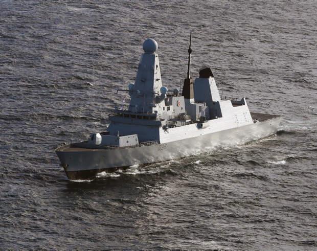 Британцы прокомментировали предупредительные выстрелы российской армии в сторону эсминца Британии у берегов Крыма