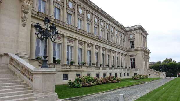 В МИД Франции заявили о необходимости сохранения антироссийских санкций