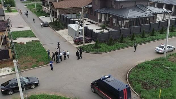 В Оренбурге поймали предполагаемых убийц местного бизнесмена и его сына