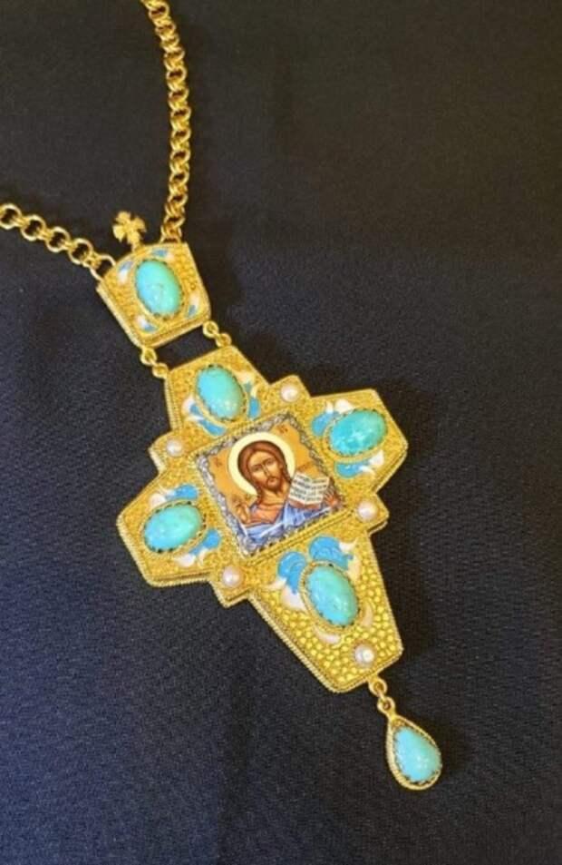 Оренбуржцев просят опознать драгоценности, которые незаконно ввезли в Молдавию