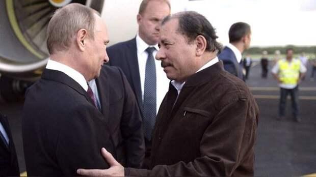 Запад в панике: вездесущая «рука Кремля» дотянулась до «горла» Америки