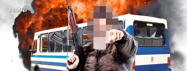 В Луцке взрывы и стрельба по зданию полиции
