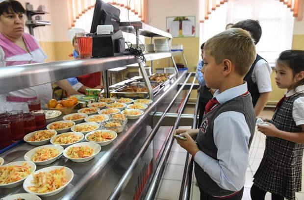 Прокуратура Петербурга и УСП подводят итоги масштабной проверки школьных столовых