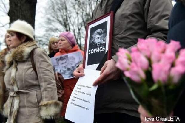 Русофобы никак не могут забыть Немцова