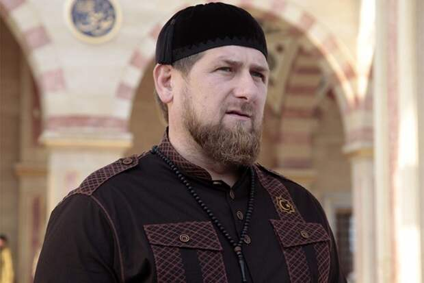 Кадыров обвинил СМИ в «чёрном пиаре» после спорной победы сына