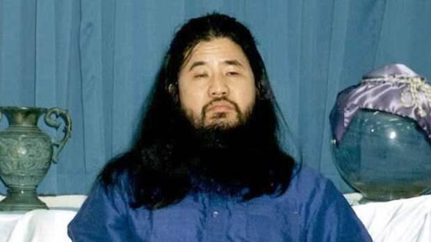 5 фактов о Секо Асахару — основателе секты «Аум Синрике», которого казнили в Японии