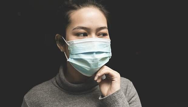 Власти попросили подольчан выкидывать медицинские маски в двойных пакетах