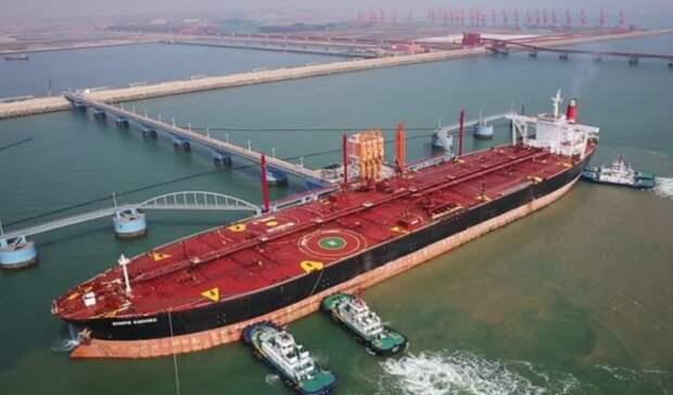 Исторический рекорд по импорту нефти поставил Китай