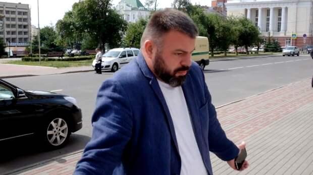 Фотограф Жумик пожаловался в прокуратуру на советника орловского губернатора