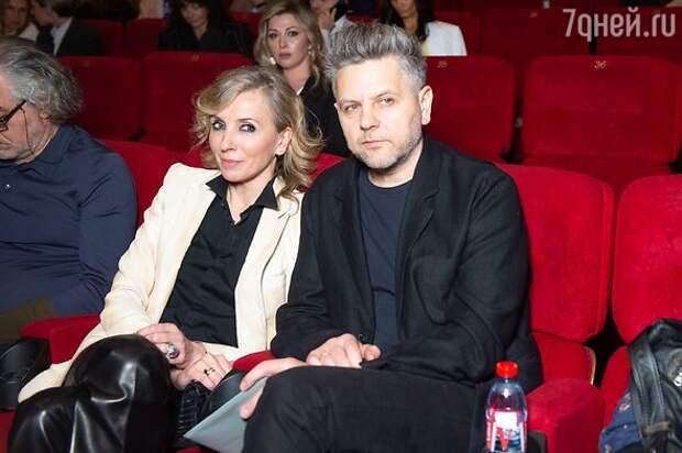 Акиньшина и Козловский, Повереннова с мужем и другие яркие пары на премьере