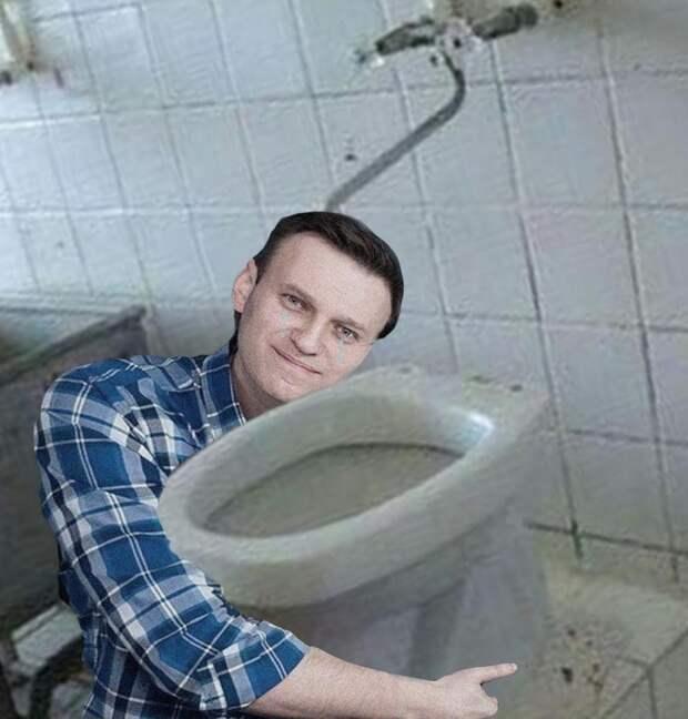 «Унитаз Навального» дал трещину, и все г*вно всплыло наружу:  история о том, как блогер оклеветал «Московского школьника»
