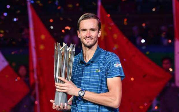 Даниил Медведев за два дня до Уимблдона выиграл первый титул на траве. Не потерять бы настрой и сохранить силы!