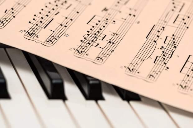 Моцарт лечит от эпилепсии: какая музыка подойдет еще