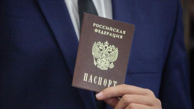 Пасечник рассказал, как жители ЛНР становятся россиянами
