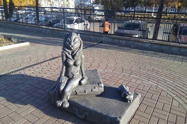 Курганский памятник кошкам не снискал любви у горожан