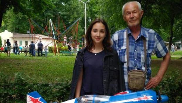 Девять школьников Подольска стали стипендиатами губернатора в науке и спорте