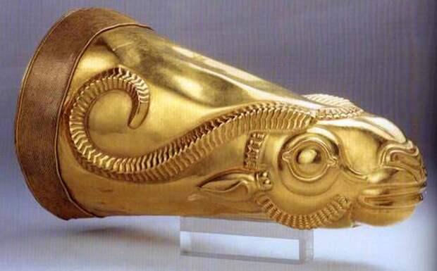 Золотой Ритон из Экбатана, период Ахеменидов-Иран