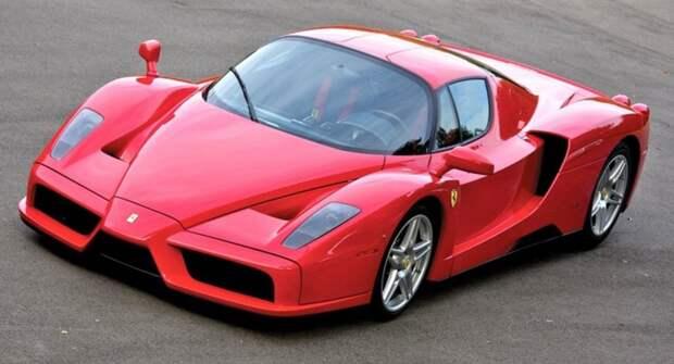 Энтузиаст показал, как звучит мотор «злого» суперкара Ferrari Enzo