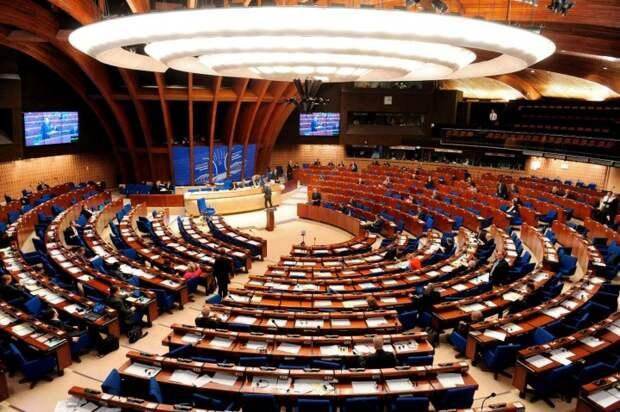ПАСЕ приняла резолюцию о введении «списка Савченко»