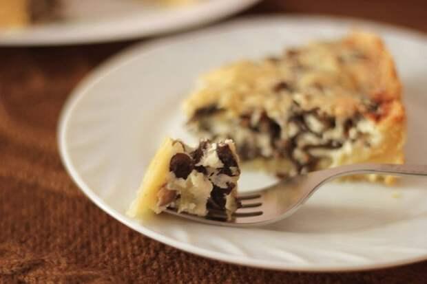 Пирог-жульен с грибами