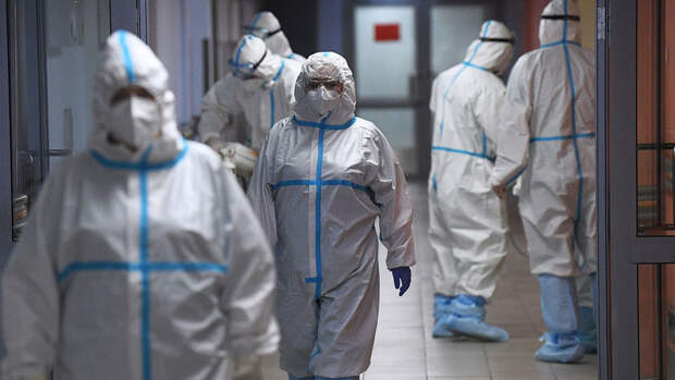 За минувшие сутки в Москве госпитализированы 977 человек с коронавирусом