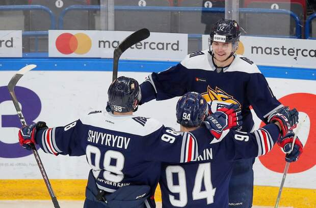 «Металлург» выиграл у «Ак Барса», продлив победную серию до 9 матчей
