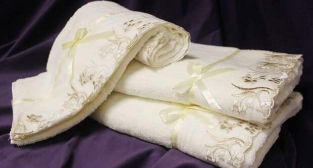 Почему нельзя дарить полотенце мужчине: приметы