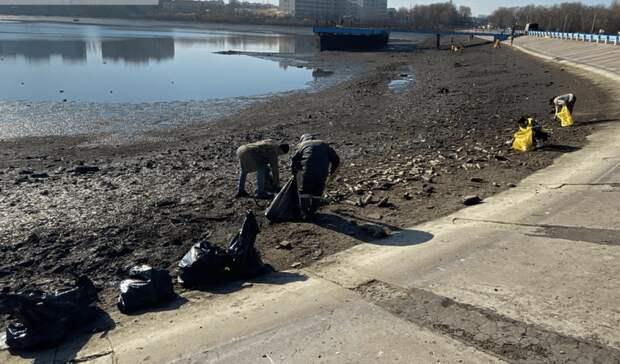 Субботник провели на Северном водохранилище в Ростове после устранения аварии