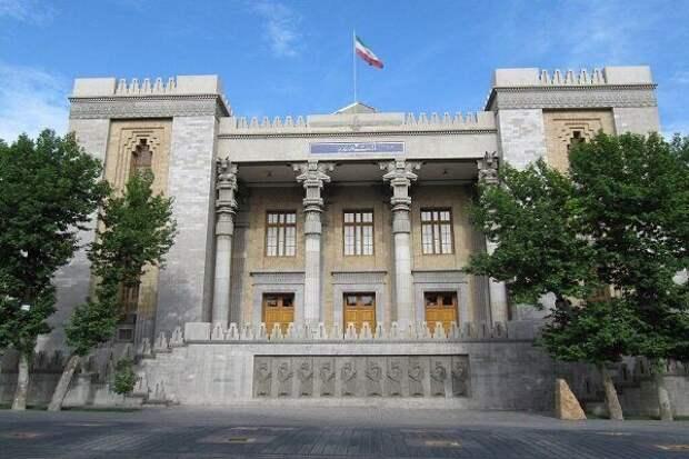 Иран назвал «устаревшими уловками» слухи в СМИ США об «актах возмездия»