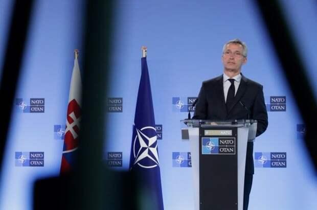 В НАТО заявили, что приветствуют снижение напряженности у границ с Украиной