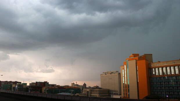На Оренбуржье обрушится град и сильный ветер