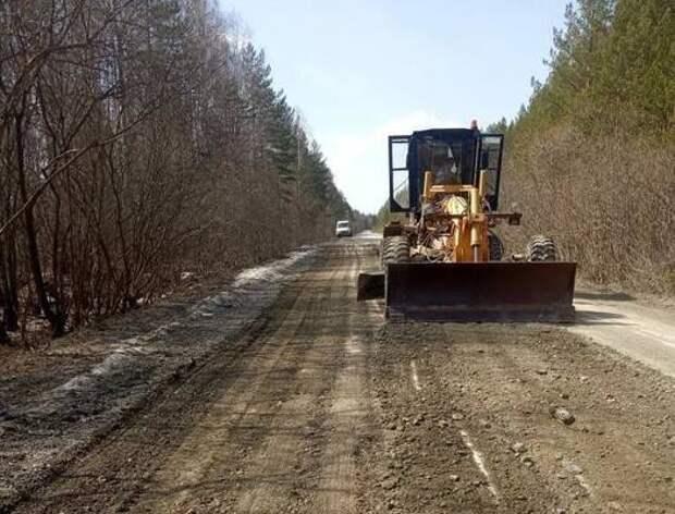 Дорогу к селу Тюлюк начали восстанавливать после паводка