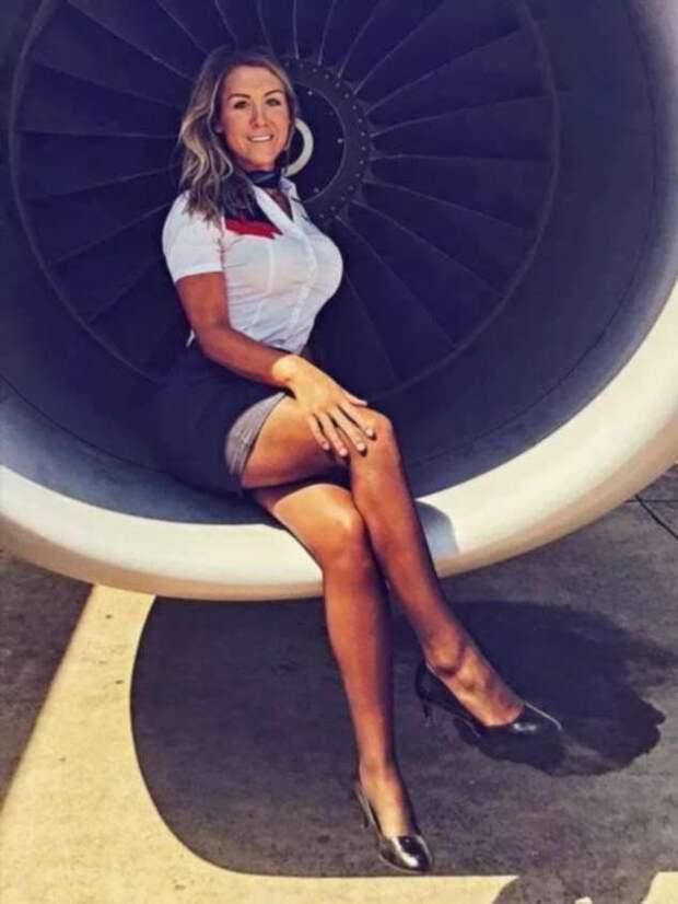 Ножки стюардесс. Подборка chert-poberi-styuardessy-chert-poberi-styuardessy-15060427022021-2 картинка chert-poberi-styuardessy-15060427022021-2