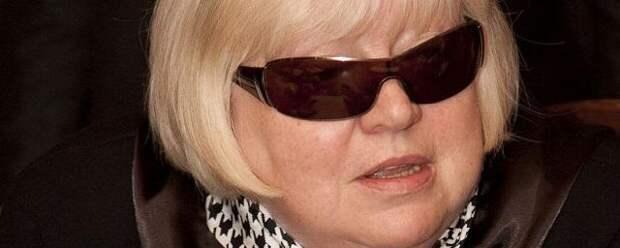 Больная раком актриса Крючкова плохо себя чувствует и не может говорить по телефону