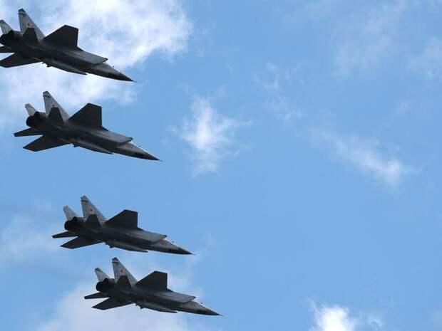 Самолеты МИГ-31К приступили к полетам в Средиземном море