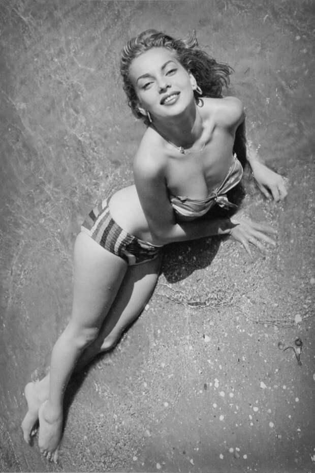 Легенды мирового кино: Эббей Лейн.