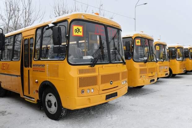 Школы Удмуртии получат до конца года 110 новых автобусов
