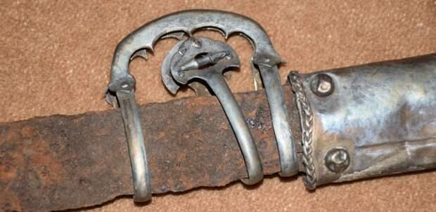 Комплекс вооружения хазарского воина.