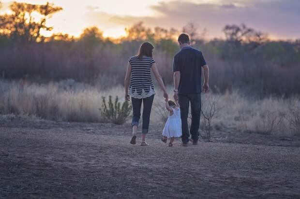 В Удмуртии стартовал фотоконкурс для семей с приёмными или опекаемыми детьми