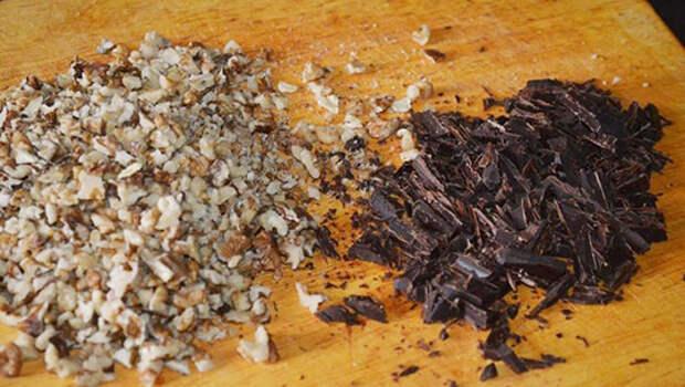 Печенье-безе с орехами и шоколадом: хрустящее, воздушное и очень вкусное!