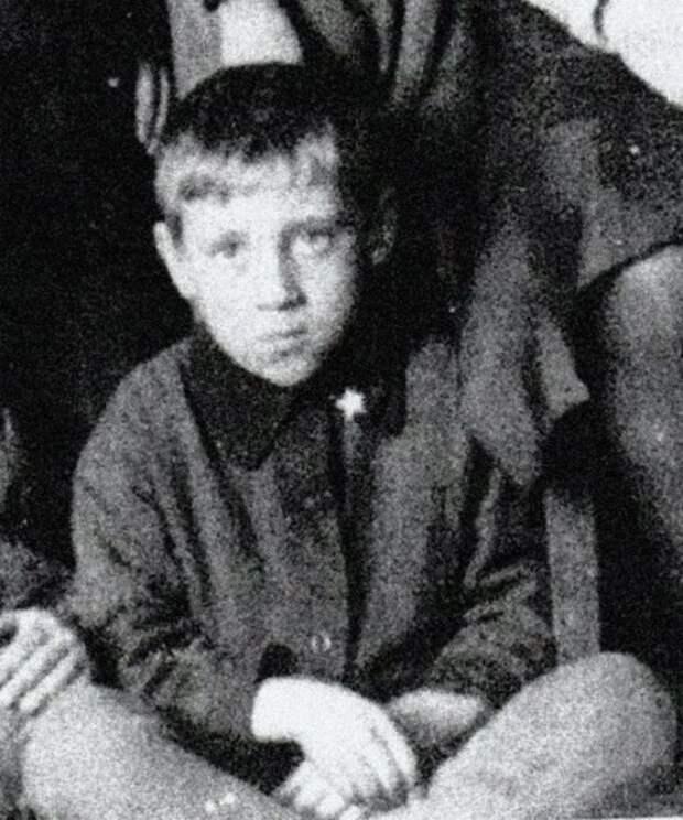Ученик московской школы школа № 273, 1946 го