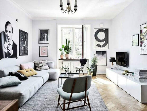 Легкая светлая мебель. | Фото: aparumah.com.