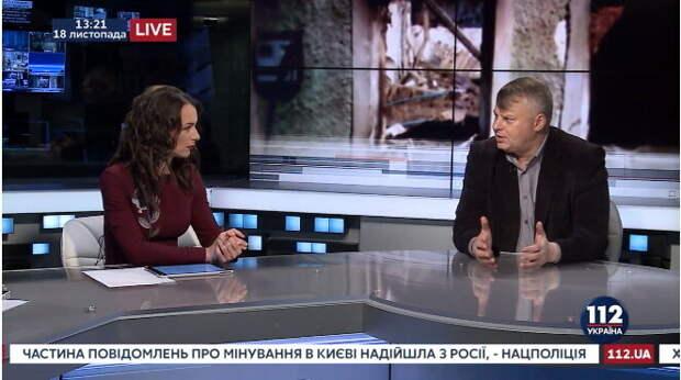 фото: 112.ua. Вадим Валерьевич любит, когда слушают его правильные речи.